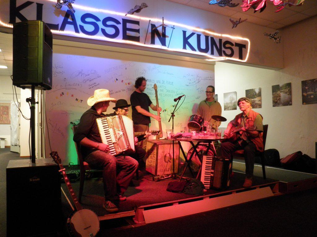 10-manifestatie-klassenkunst-concert-in-de-aula-van-de-bakelgeert-boxmeer-2010