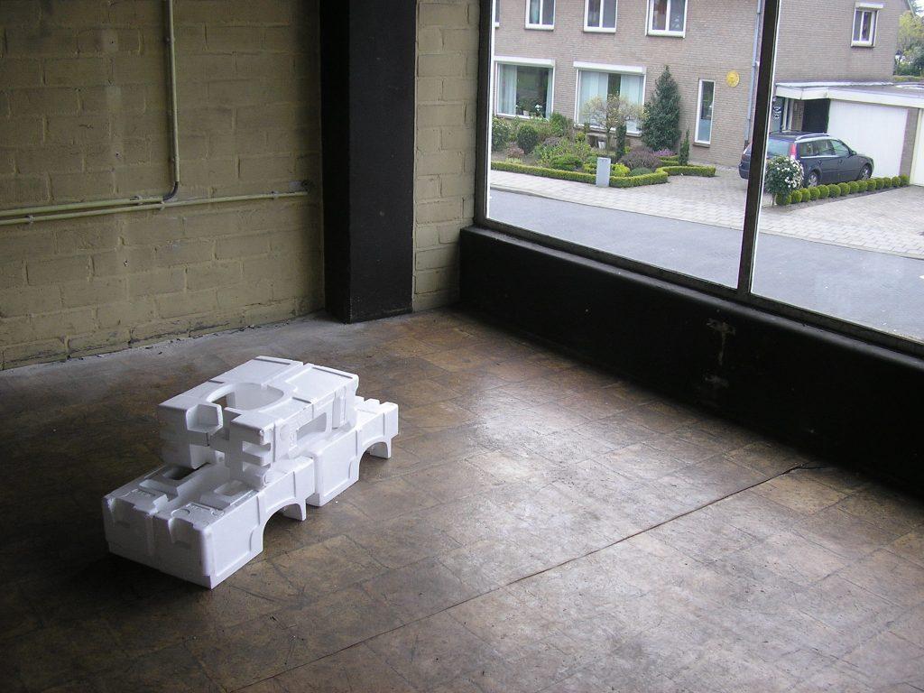 3-auto-auto-installaties-in-de-oude-fordgarage-venray-i-s-m-pepijn-de-jonge-2008