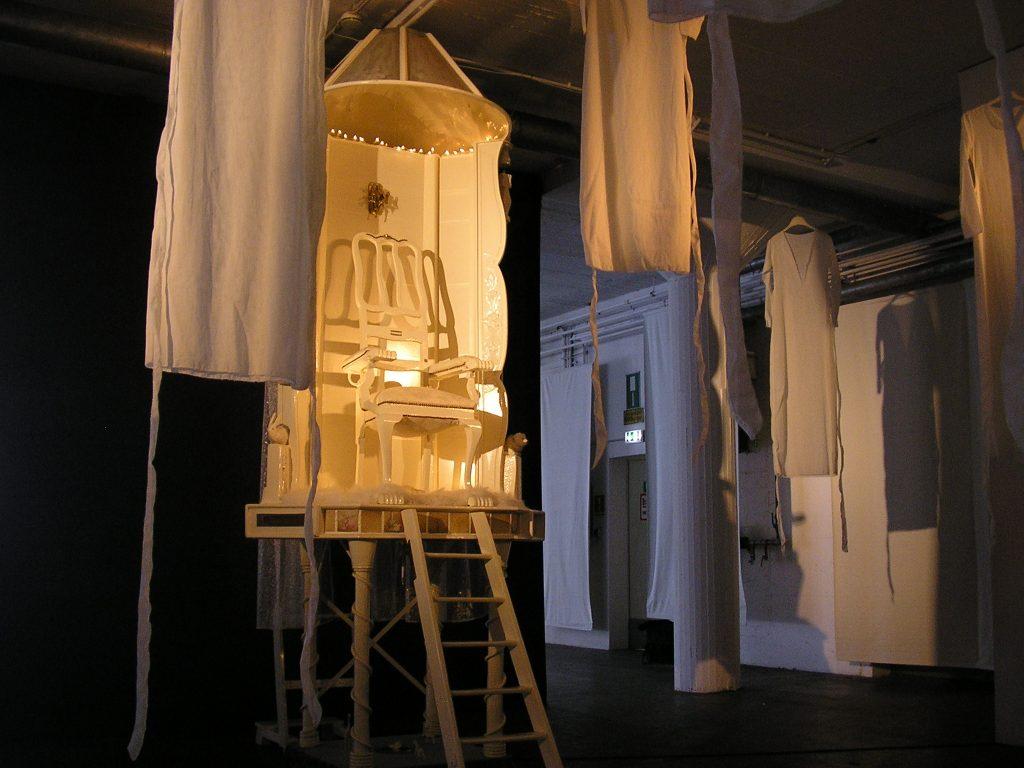 5-behausung-halle-zehn-keulen-d-2010