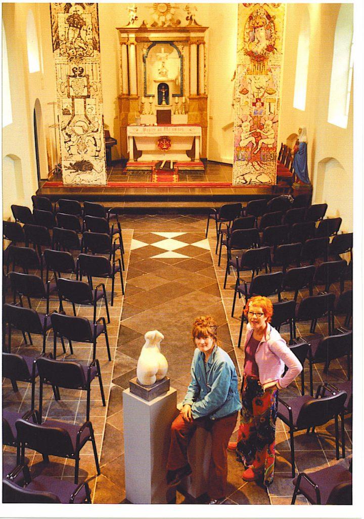 1-banieren-hels-hemels-maria-kapel-holthees-2002-torso-van-yvette-ahsmann